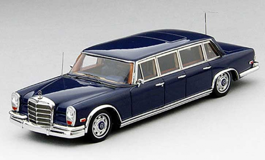 Elvis presley mercedes benz 600 pullman limo 1 43rd ds5809 for Mercedes benz limousine price